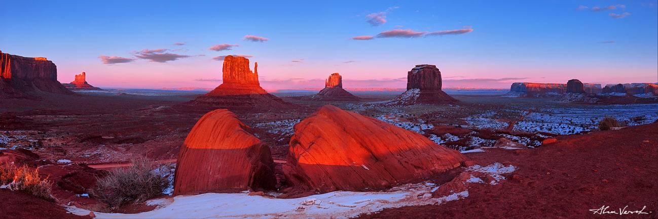 Monument Valley winter photo, Alexander Vershinin, luxury photo