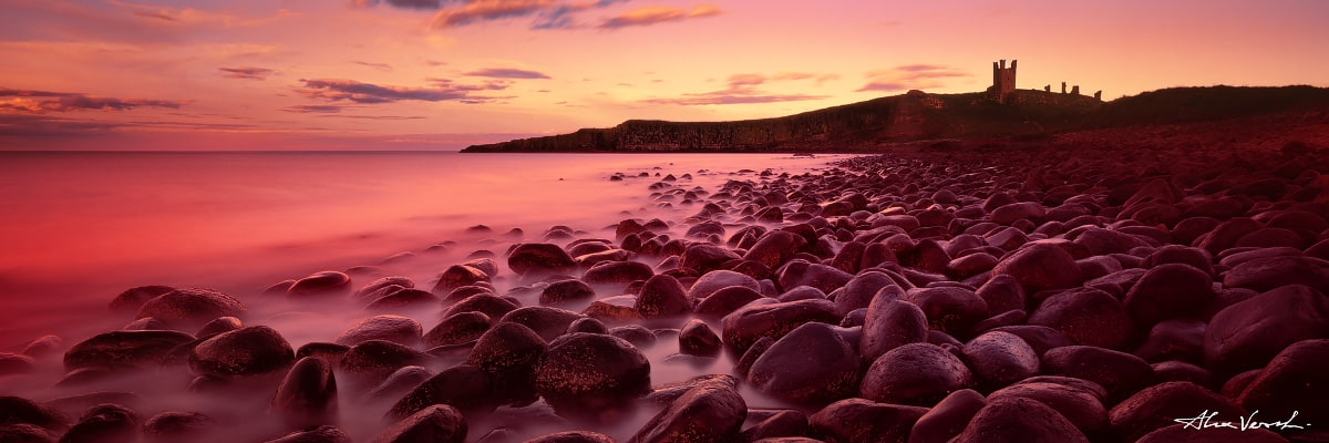 Northumberland Dunstanburgh Castle, Rain Of Castamere, Alexander Vershinin, ruined castle, England, english photography, Game Of Thrones, rocks on the shore, photo