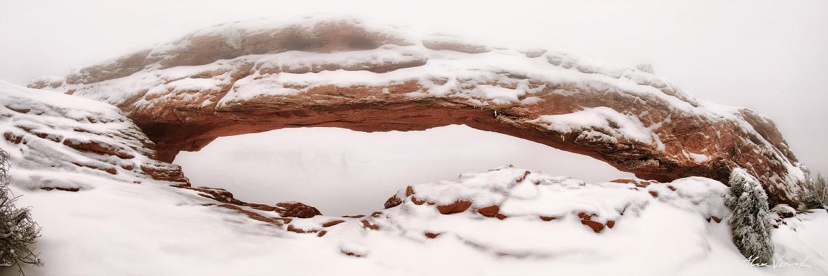 Limited edtion, Fine Art, Skyfall, Alexander Vershinin, Utah Landscape Photography, mesa arch winter, mesa arch fog, Canyonlands, photo