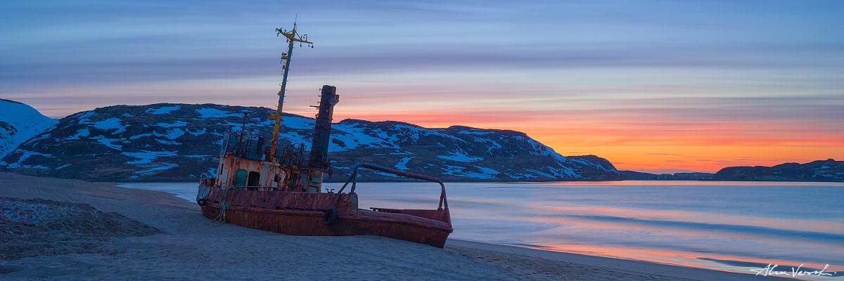 Limited edtion, Fine Art, Russian North Nature, Teriberka Village, Murmansk Region, The Guardian, Alexander Vershinin, abondoned ship picture